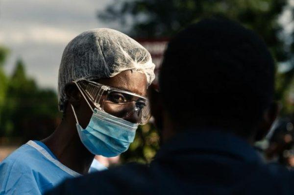 Dans un Zimbabwe sinistré, corruption florissante autour du Covid-19