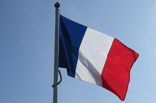 La France rouvre son ambassade à Tripoli