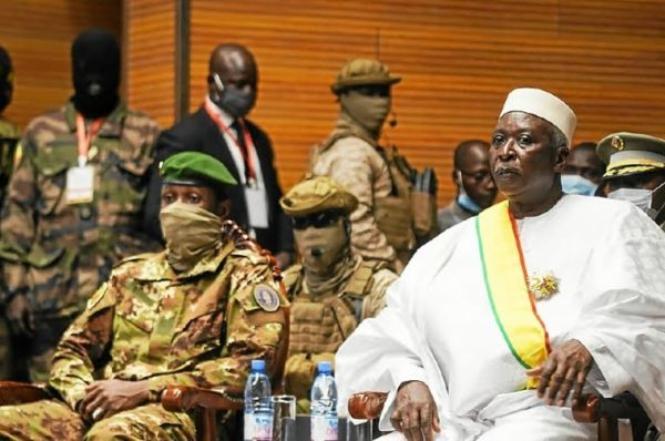 Mali : le pouvoir fixe les élections présidentielle et législatives à début 2022