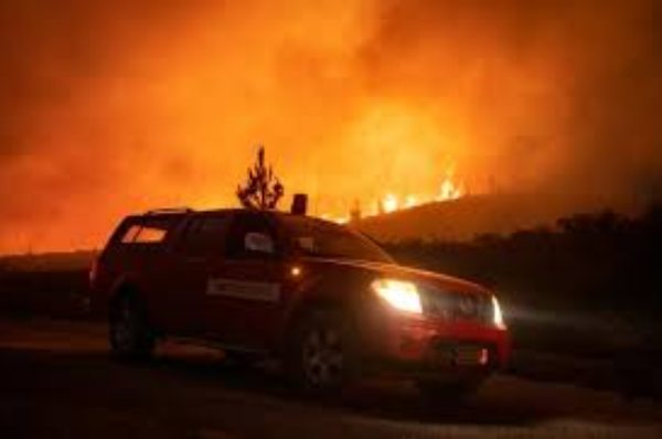 Après l'Algérie, le nord du Maroc ravagé à son tour par des feux de forêts