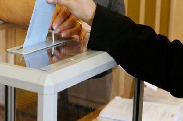 Les élections imminentes au Maroc révèlent l'emprise du Parlement
