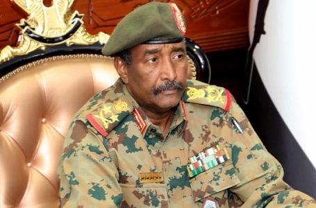 Le général Abdel Fattah al-Burhan, président du Conseil souverain, a exigé la dissolution du gouvernement civil au Soudan.