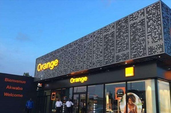 En Côte d'Ivoire, Orange casse les prix sous la pression de l'outsider américain Wave